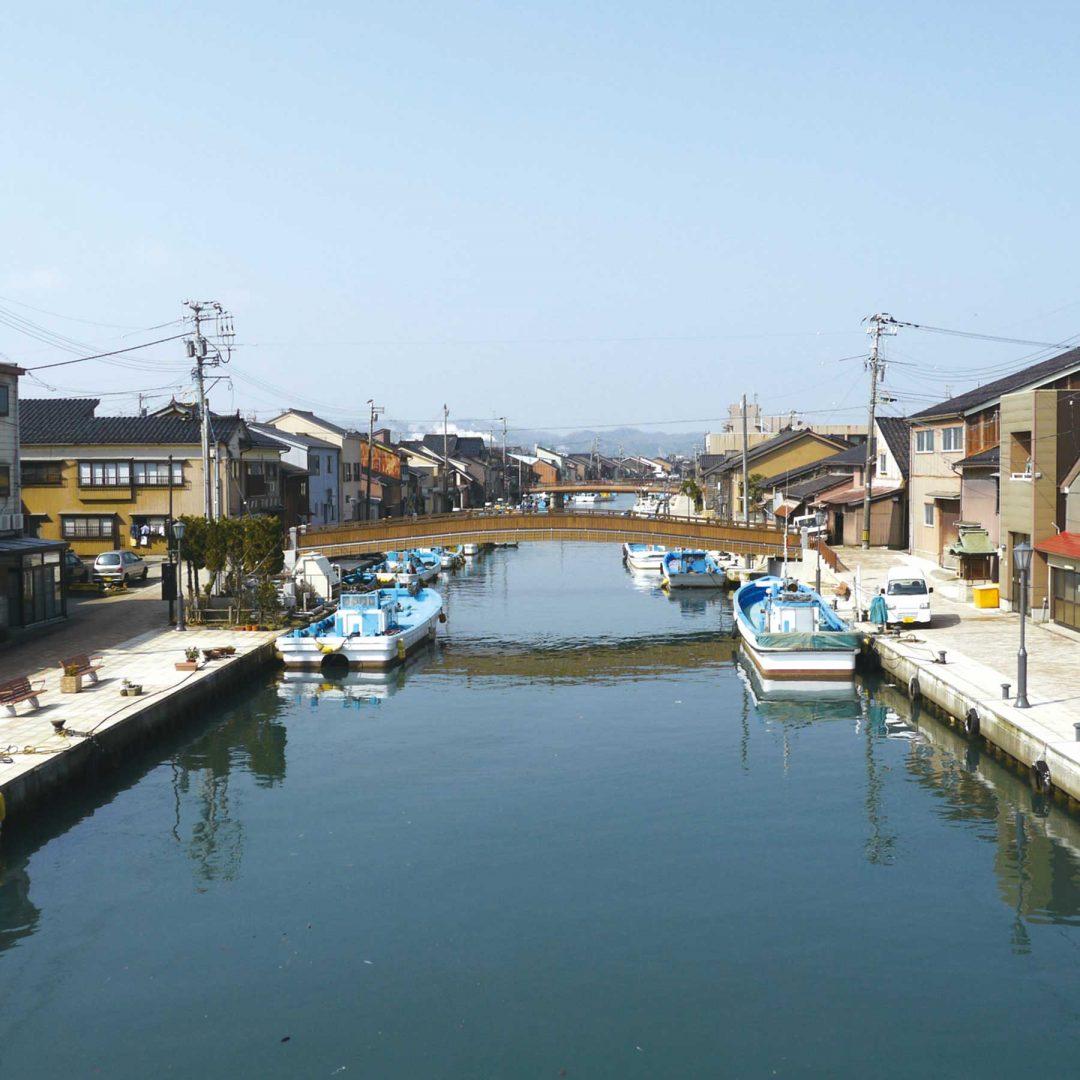 富山県射水市(新湊)を味わう